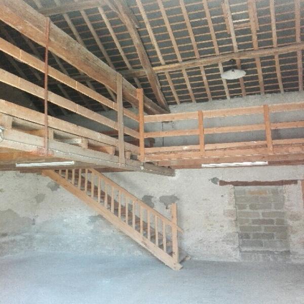 Offres de location Garage Blois 41000